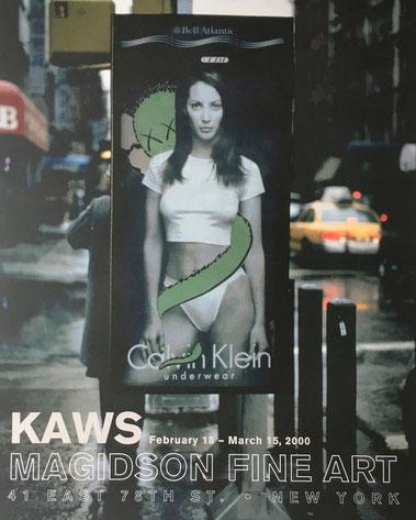 KAWSがSubvertisingを行ったカルバン・クラインの広告。