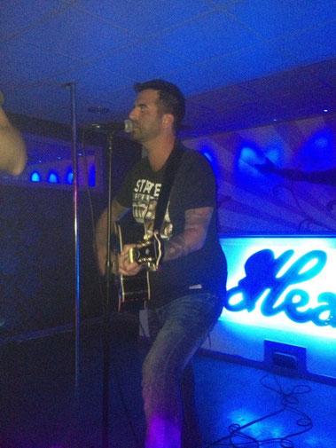 The amazing Dan Brown singing in Heaven