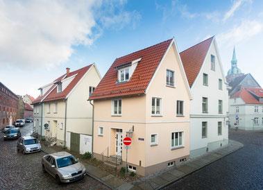Ferienhäuser Denn, Schillstrasse 1-3, 18439 Stralsund
