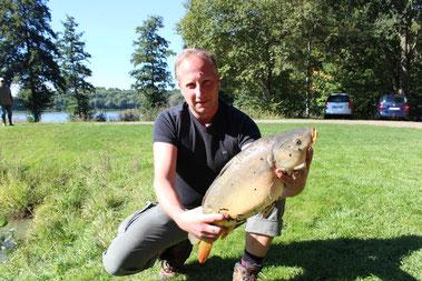Sven Stoffregen am 28.09.2013 um 12.35 Uhr / Zuchtteich 3. Karpfen 4,1 Kg.