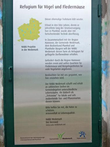 NABU Trafoturm Plumhof_54_Tafel am Turm_AHeinrich_ws.jpg