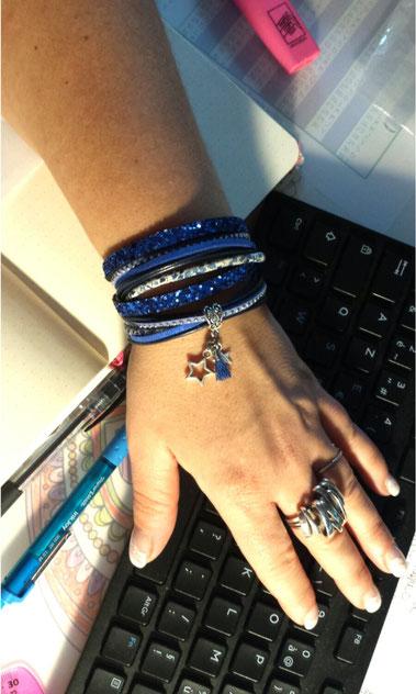 VEGA- Bracelet manchette deux tours ETOILE et pompon, bleu,