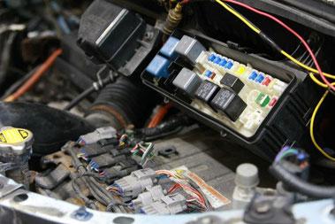 自動車電装品修理