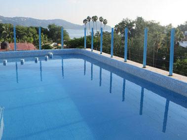Pool am Hoteldach