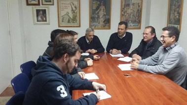 El diputado Marcos Ortuño reunido con el Real Cabildo Superior de Cofradías Pasionarias de Yecla