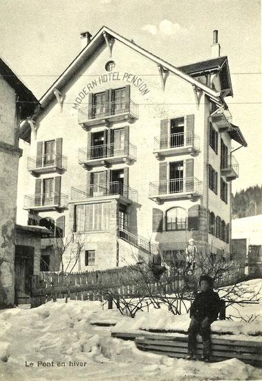 Modern-hôtel-pensione, della capacità di 50 posti letto, costruito per far fronte alle nuove esigenze turistiche