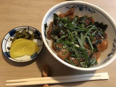 """これが食べた""""さわら丼"""" 岡山駅近く「竹浜」"""