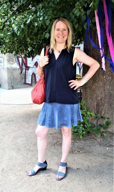 San Miguel Shoes, Glückliche Kundinnen, Sandale Valeria, denim bicolor, bequeme Schuhe