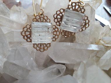 le riche attirail bijoux vintages anciens handmade uniques fabriqué fait main recycling pierres fines gemmes