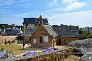 chapelle saint-guirec  côte de granit rose
