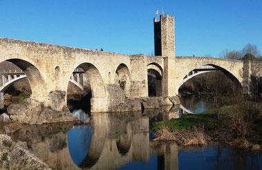 Бесалу - экскурсии по средневековым городкам Каталонии