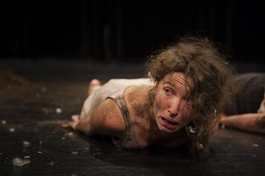 Clara Gohmert / Armada Theater / dann weißt du was dir gehört
