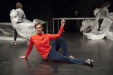 Michael Zier / Armada Theater / Schluckreiz in paradise
