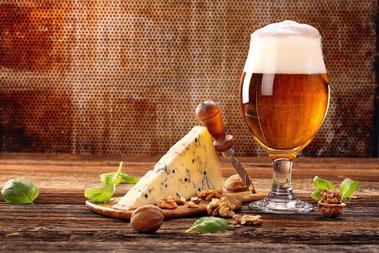 チーズとビール