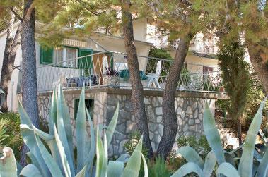 Апартаменты, дом Примоштен, первый ряд