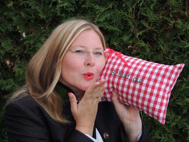 Julia Georgi Die Wohlfühlzirbe Zirbenkissen aus Bayern