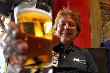 Nach all dem vielen Qualm ist ein leckeres Bier genau richtig