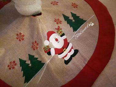 tappettino sotto albero di Natale