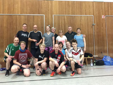 Badminton immer Donnerstags ab 19Uhr