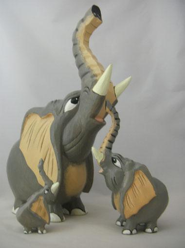 elefantenfigur aus holz,holzelefant