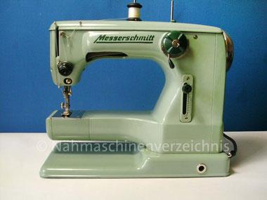 Messerschmitt 52 Freiarm-Haushaltsnähmaschine mit Einbaumotor, Hersteller: Messerschmitt AG, Bamberg, ca. 1965 (Bilder: R. Gallo)