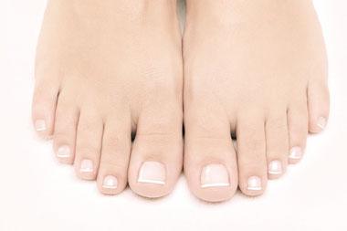 Fußpflege, Pediküre, gesunde, gepflegte Füße, French Style