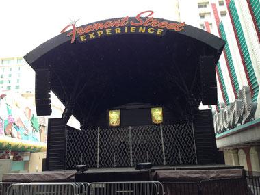 準備前のステージ