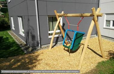 Spielplatz-Robinie-Schaukel-Zweiplatzschaukel-Einplatzschaukel-Nestschaukel-Schaukelgestell-Schaukel-mit-Überstand-Überstandschaukel-Sandkasten-Spiellandschaften