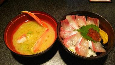 カニ汁とブリ丼☆