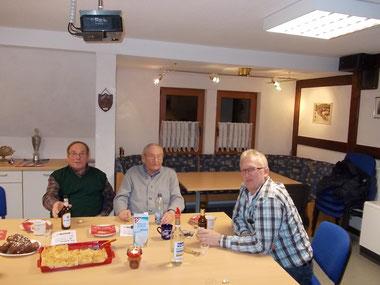 Willi, Fritz und Mitinitiator des Seniorennachmittag´s Alois Schweinsberg