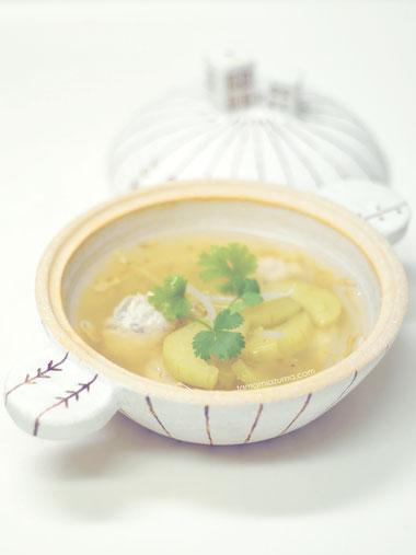 「白瓜と鶏肉団子のとろとろスープ」 土鍋Cocciorino