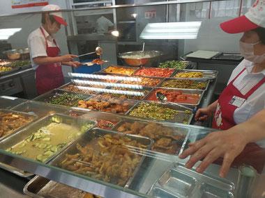 中国上海 華東師範大学 学生食堂