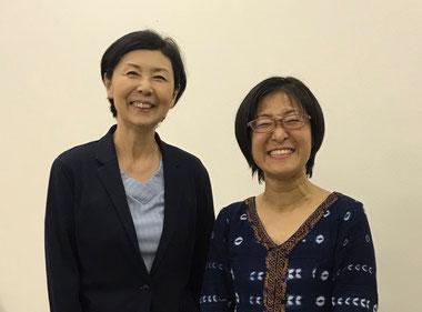 インタビューを終えて、樋渡さん(右)と片山俊子