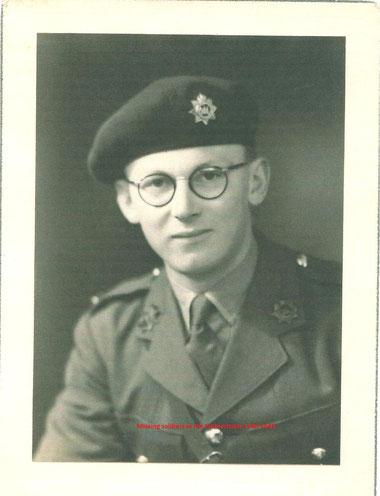 Lieutenant Betram Horwood (P. Reinders)