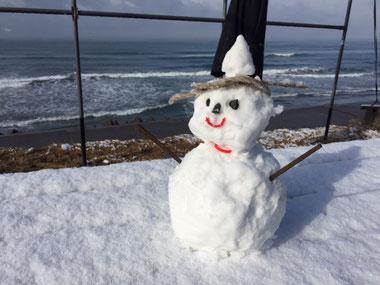 昨年は暖冬でしたが今年は普通に冬だそうですよ。
