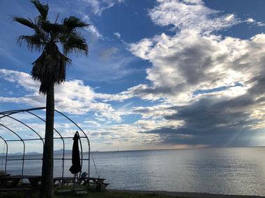 今日は空と雲が幻想的でした。