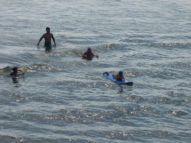 3才のNちゃんもすでに波を感じてます。