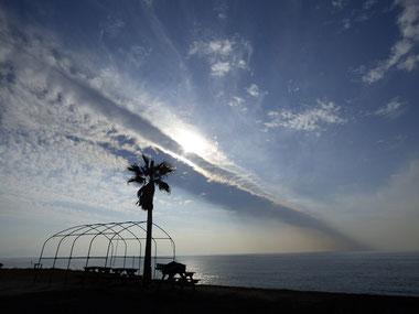 今日は一日雲が変わってました。これは竜巻みたい?