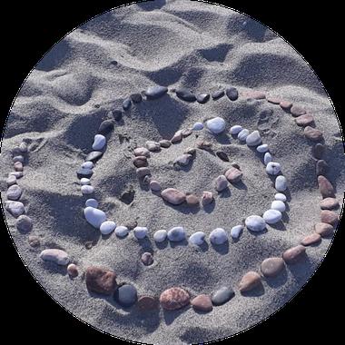 mit Steinen gestaltete Spirale