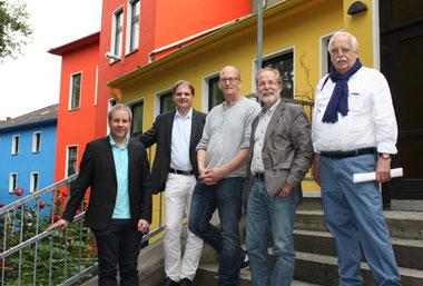 Vorstandsmitglieder der FDP im Gespräch mit Vertretern des Essener Mehrgenerationenhauses