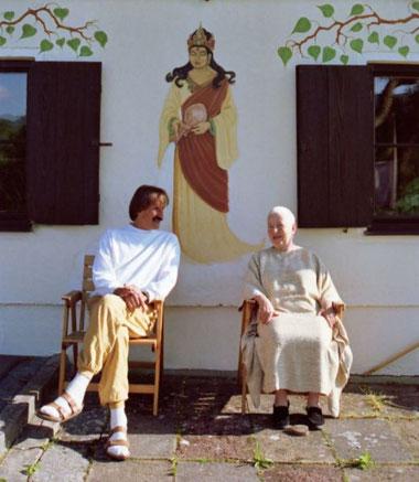 Charlie und Ayya Khema, Buddha-Haus Allgäu 1989