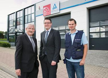 Bürgermeister Dr. Tim Grüttemeier besucht TÜV Prüfstelle