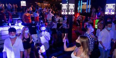 В Барселоне открываются ночные клубы и дискотеки