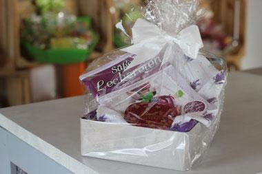 Geschenkset, Geschenkkorb, Präsentkorb, Cupcake, Backen, Backbuch, Mama, Freundin, Geschenk, Präsent