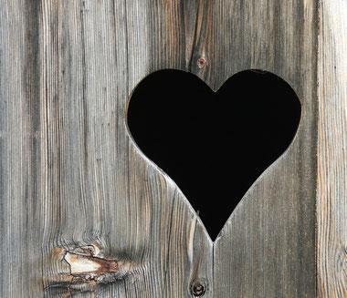 Ehmann Holzbau hat ein Herz für Holz und individuelle Lösungen