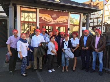 Gewerbeverein Grebenau bei Besichtigung Schlitzer Destillerie