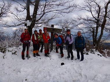 雪の上蒜山