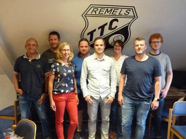 Der neue Vorstand: v.l.n.r. Mike Meyer, Holger Wilken, Heike Weihe, Andreas Gabel, Ralf Schröder, Sabine Martens, Marcus Pfeil, Linus Lammers