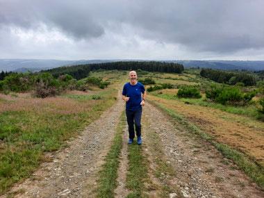 Wandelcoach Evert van Aldefit op hoogte-training