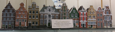 "The Foundation ""In the Footsteps"" (Stichting ""In de Voetsporen"") presented this gift to the Dekker  Huis Museum at Zeeland's 1997 sesquicentennial. This collection forms a complete 19th century miniature street - July 27, 1997"